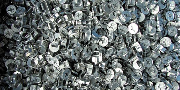 Bild 1: Mittels Zinkdruckguss Hergestellte Teile Kommen In Vielen, Teils  Sehr Weit Verbreiteten Anwendungen