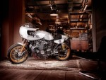 XJR 1300 Eau Rouge by Deus ex Machina.