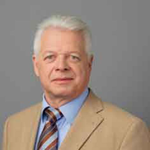 Staatssekretar Bernd Kupperbusch Nahm Bis Zur Landtagswahl 2013 In