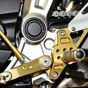 Gilles Tooling meets the dark side of Yamaha MT-07