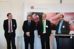 Diskutierten auf dem Round Table Reifentechnik – und waren sich nicht immer einig: (v. li.) Stefan Dötsch (Continental), Rob Viset (Huf), Jürgen Kinzler (Alligator) und Wolfgang Fuetsch (Schrader).