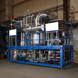 This thin-film drying technology system dries liquids to powder continuously.