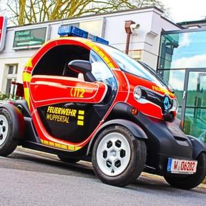Elektrisch zum Einsatz ? Feuerwehr Wuppertal testet zwei Renault Twizy