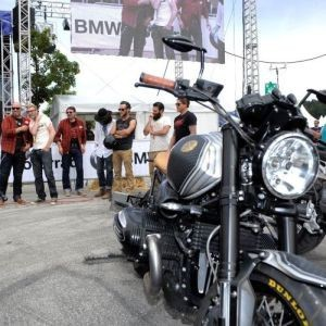 BMW-Motorrad Days 2014: Public Bike Viewing