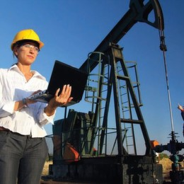 Why You Should Consider Diagnostic Surface Management for Oil & Gas Wells