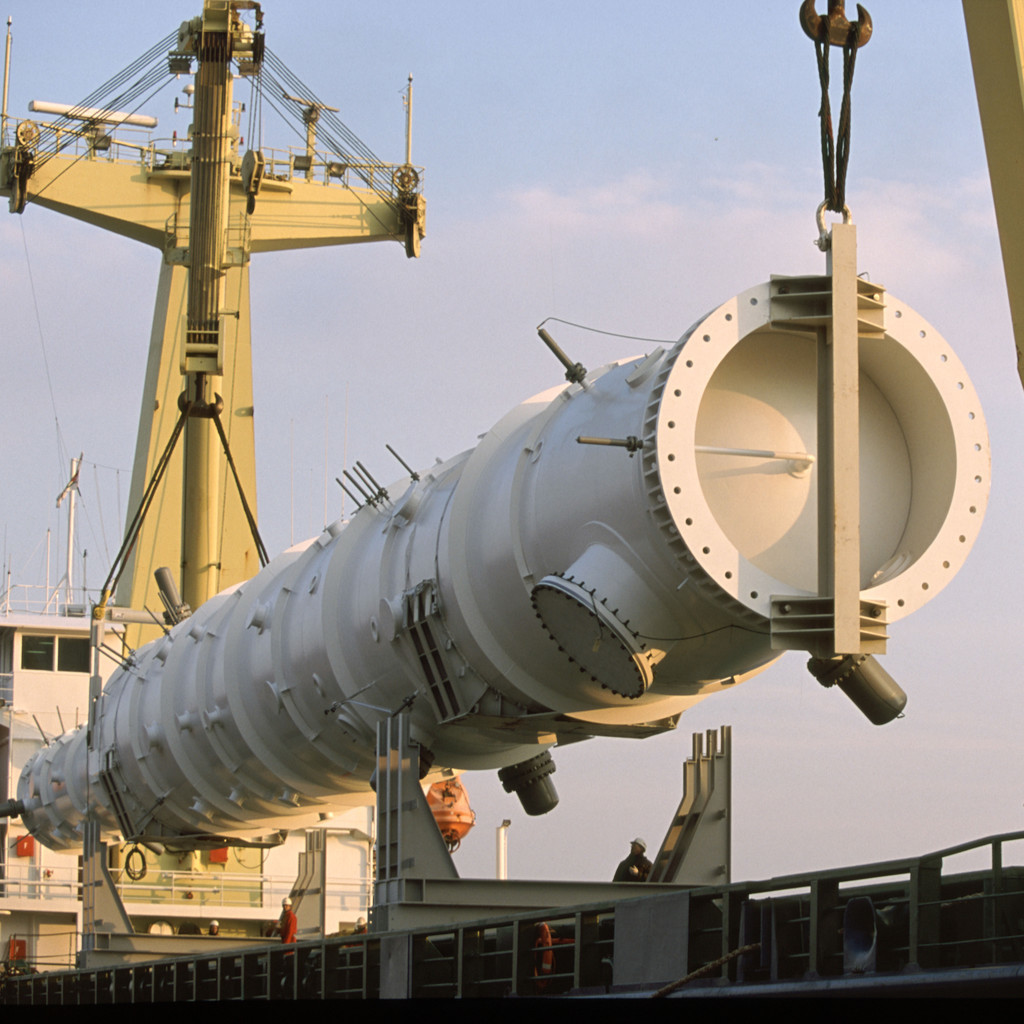 An Air Products LNG heat exchanger is loaded aboard a ship for transport to another global