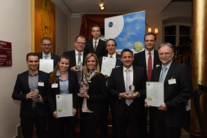 "Die Gewinner des ""Lean and Green Awards"" auf dem Handelslogistik-Kongress Log 2015."