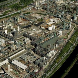 Solvay and Ineos Sell Plants to Enable Joint Venture