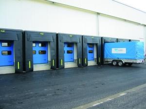 Verlade und dockingsysteme anspruchsvolle schnittstelle for Koch lagertechnik