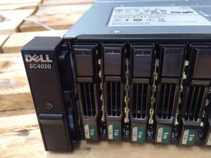 Hier das All-In-One Array Dell Storage SC4020