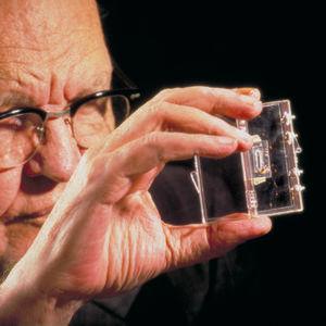 Die Pioniere der Elektronik und ihre Meilensteine